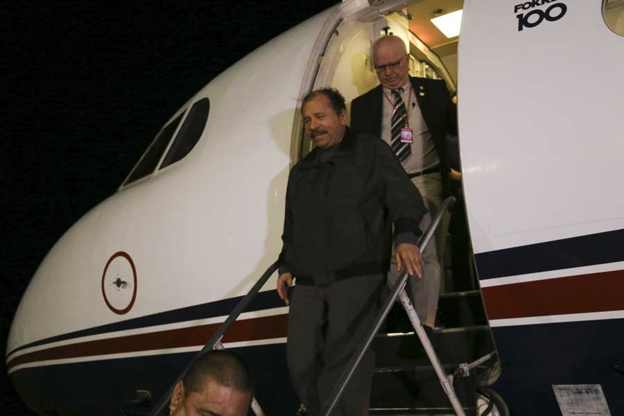 Ministro Arreaza recibe al presidente de Nicaragua Daniel Ortega G 20170305-04