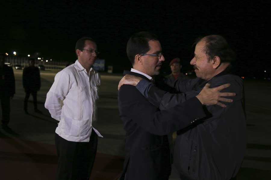 Ministro Arreaza recibe al presidente de Nicaragua Daniel Ortega G 20170305-06