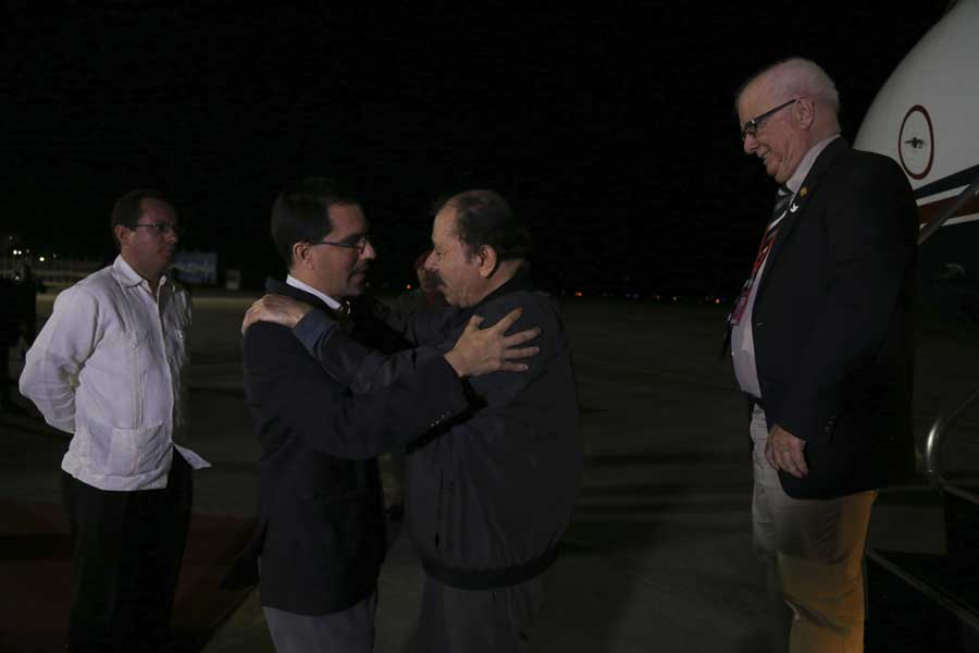 Ministro Arreaza recibe al presidente de Nicaragua Daniel Ortega G 20170305-07