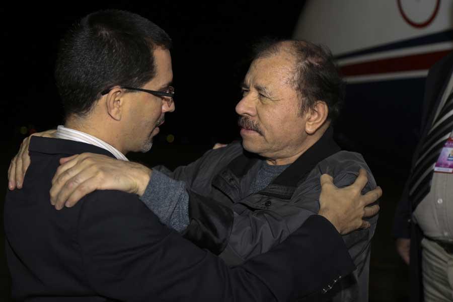 Ministro Arreaza recibe al presidente de Nicaragua Daniel Ortega G 20170305-08