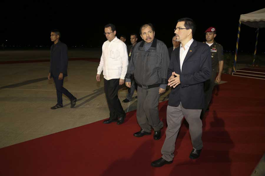 Ministro Arreaza recibe al presidente de Nicaragua Daniel Ortega G 20170305-11