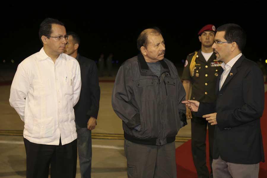 Ministro Arreaza recibe al presidente de Nicaragua Daniel Ortega G 20170305-14