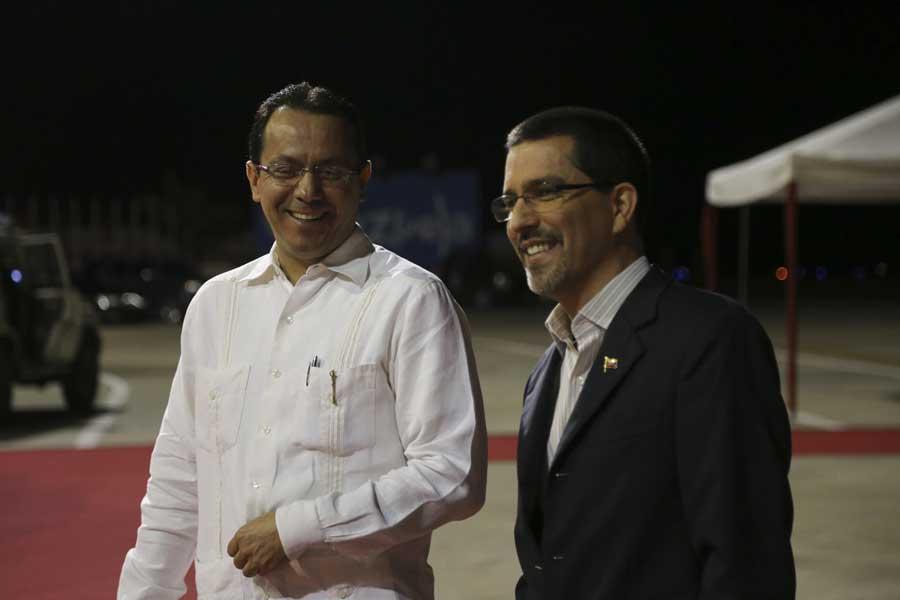 Ministro Arreaza recibe al presidente de Nicaragua Daniel Ortega G 20170305-23