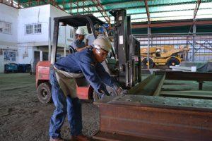 F3 Nuevo castillete para la mina Colombia, en el Callao, registra un avance del 45%