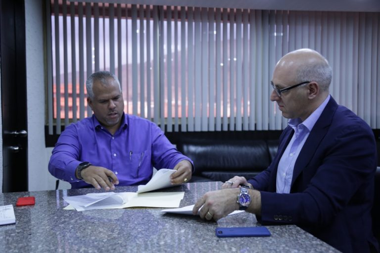 Firma de Acuerdos con Empresa Holandesa Fondel (4)