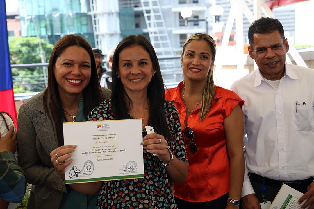 Certificados a Trabajadores y Reconocimientos FANB (13)