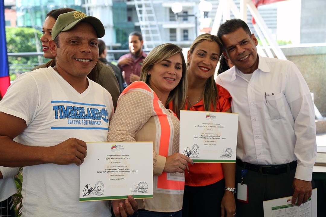 Certificados a Trabajadores y Reconocimientos FANB (14)