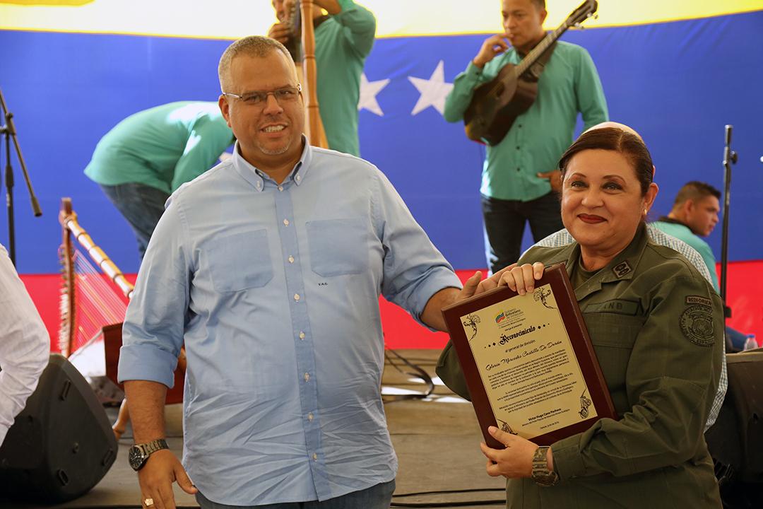 Certificados a Trabajadores y Reconocimientos FANB (18)