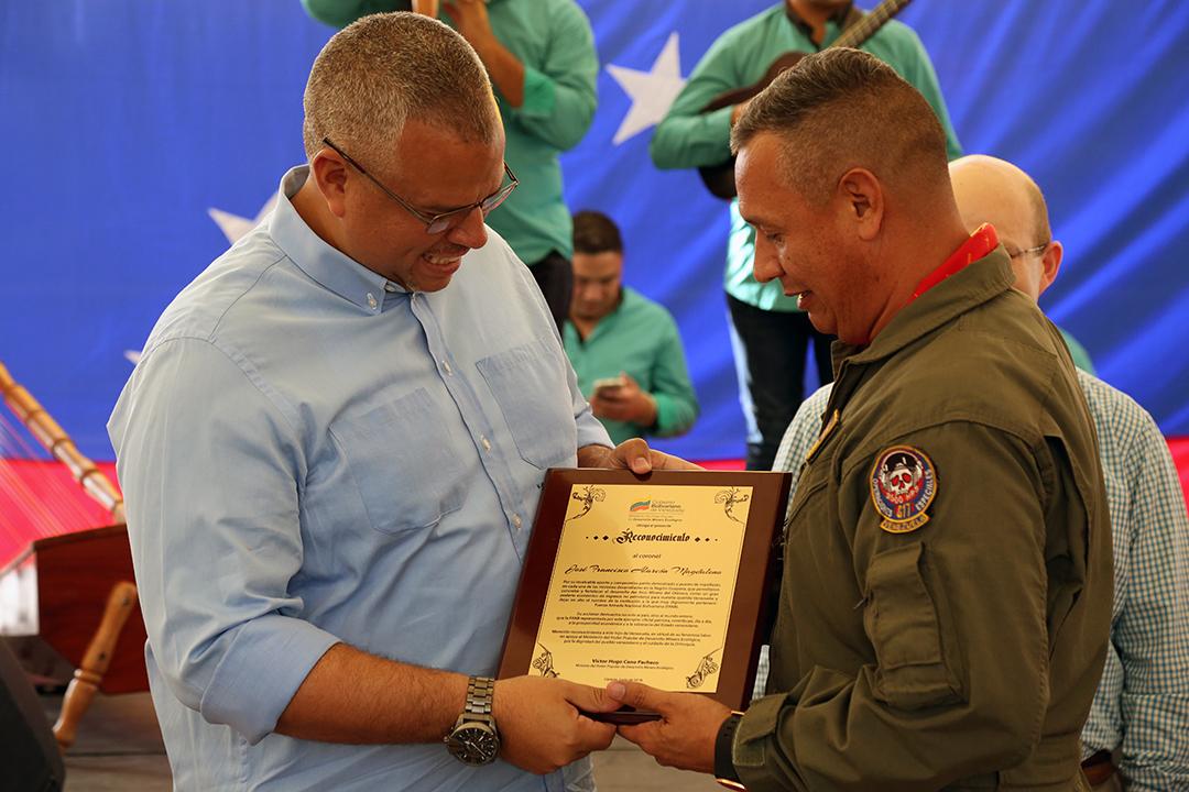 Certificados a Trabajadores y Reconocimientos FANB (21)