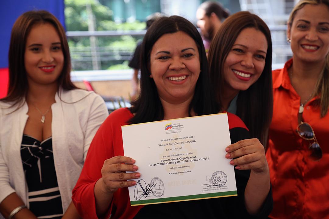Certificados a Trabajadores y Reconocimientos FANB (6)