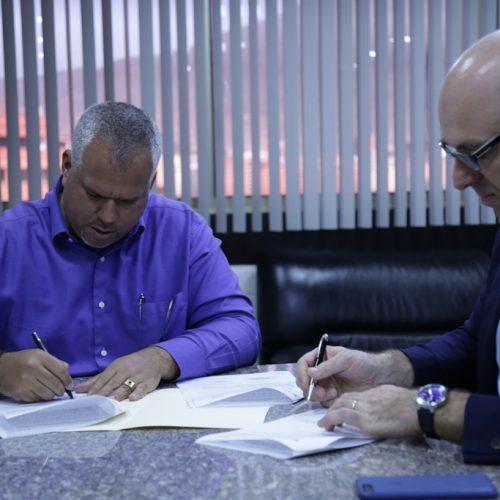 Firma de Acuerdos con Empresa Holandesa Fondel (3)