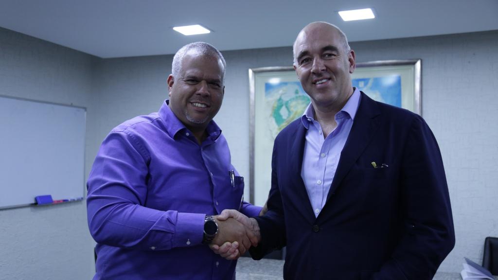 Firma de Acuerdos con Empresa Holandesa Fondel (5)